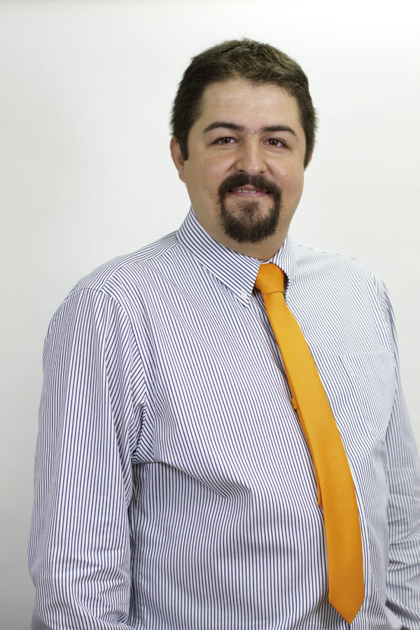 Oscar Lobato
